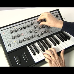 Moog Sub Phatty: analoger monophoner Synthesizer